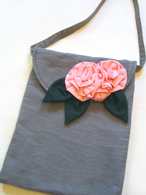 Flannel Purse with Roses
